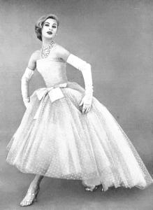 Christian-Dior-Tarde-04-1956